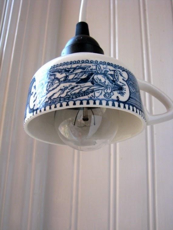 تزيين المصباح بأدوات المطبخ