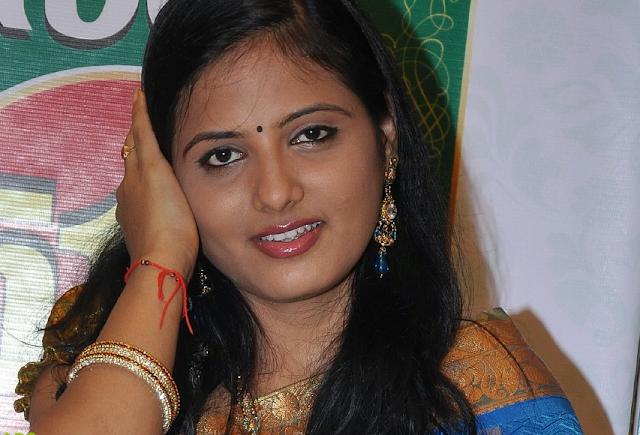 Etv kannada serial actress hot leggings