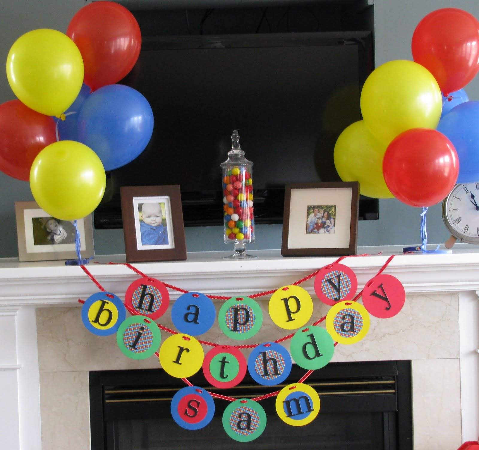 Sheek shindigs a bouncing baby boy 39 s 1st birthday celebration for Baby birthday decoration photos