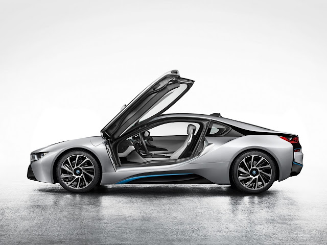 BMW i8 production version