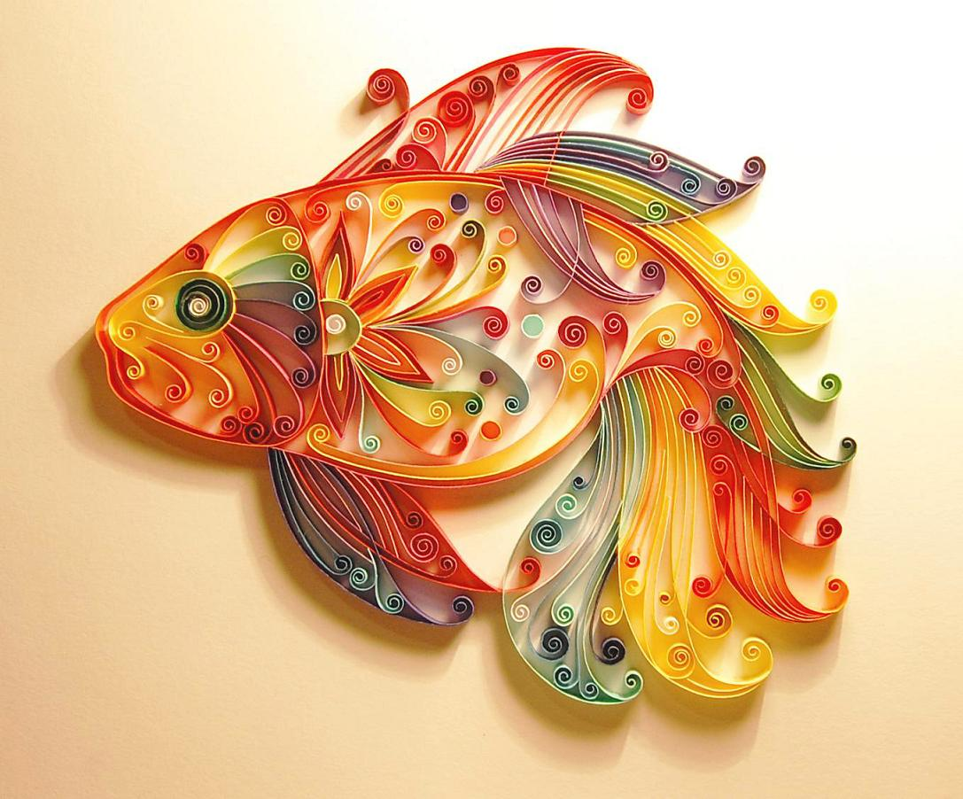 Below you can find more information on quilling and a few pictures ...