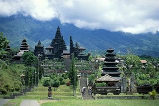hindu temple in Bali, mother temple of Bali, Besakih temple, pura besakih