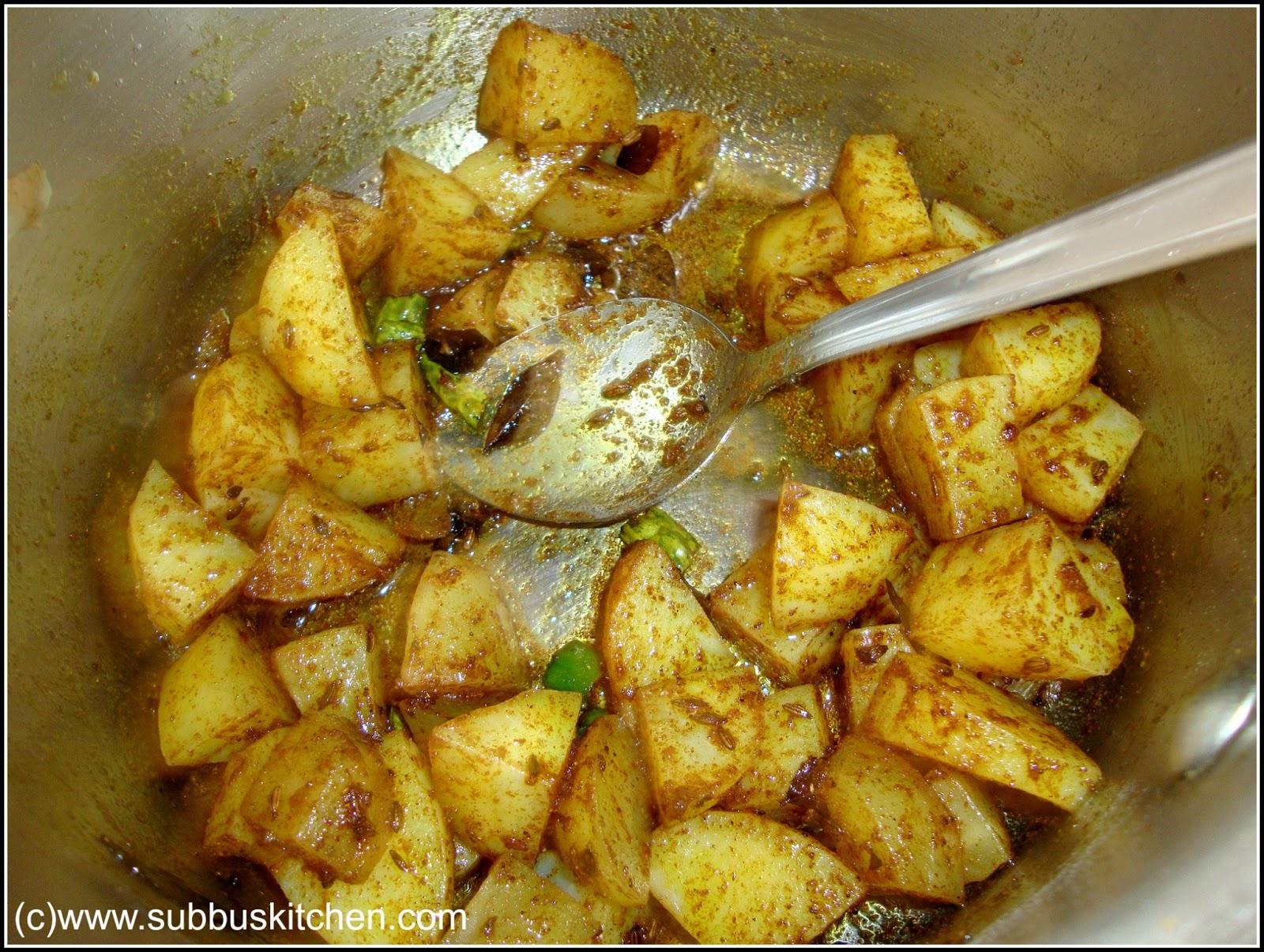 recipe: curried cabbage and potatoes [11]