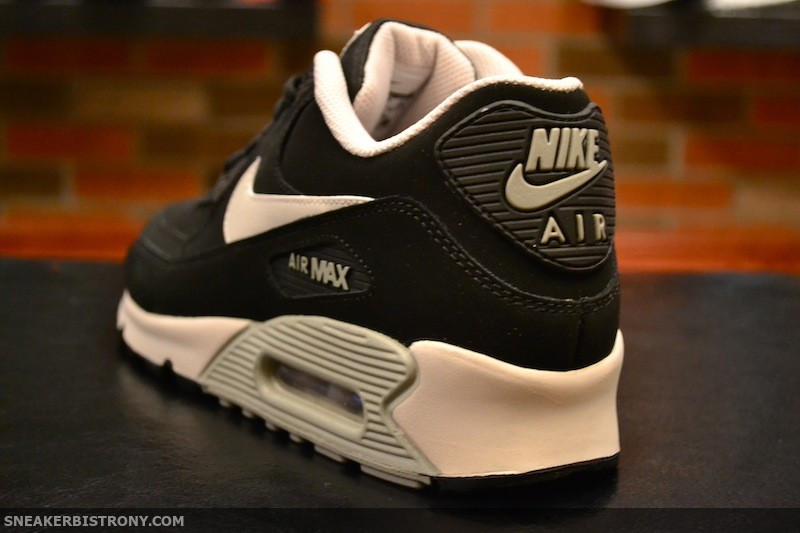 nike air max 90 essential ltr black