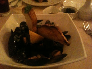 Mussels with garlic and white wine at Almada Cardiff