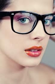 صور بنات لابسات نظارات خلفيات بنات بنظارات   Girls glasses