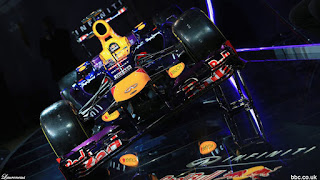 Foto-Mobil-Red-Bull-RB9-F1-2013_3