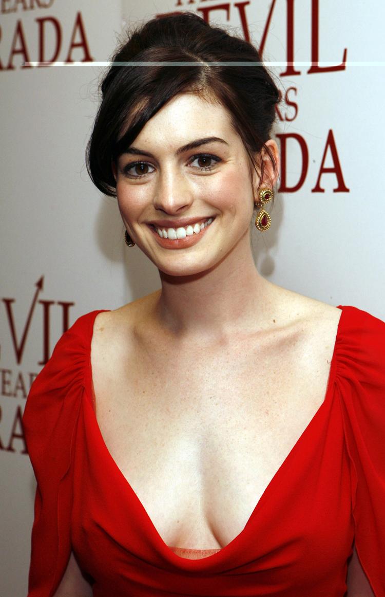 Anne Hathaway Hair 7