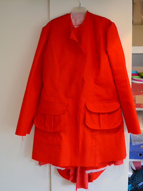 WIP - Roter Mantel