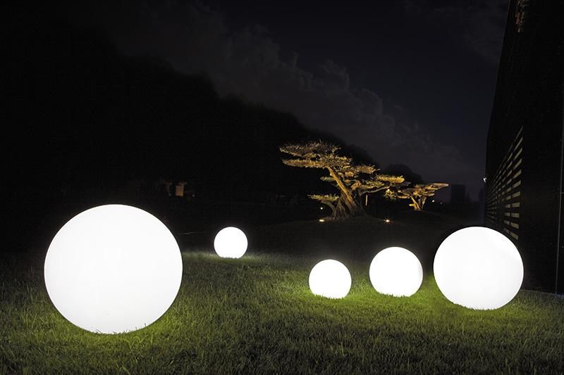Donice Podświetlane Modne I Nowoczesne Aranżacje świecące Kule
