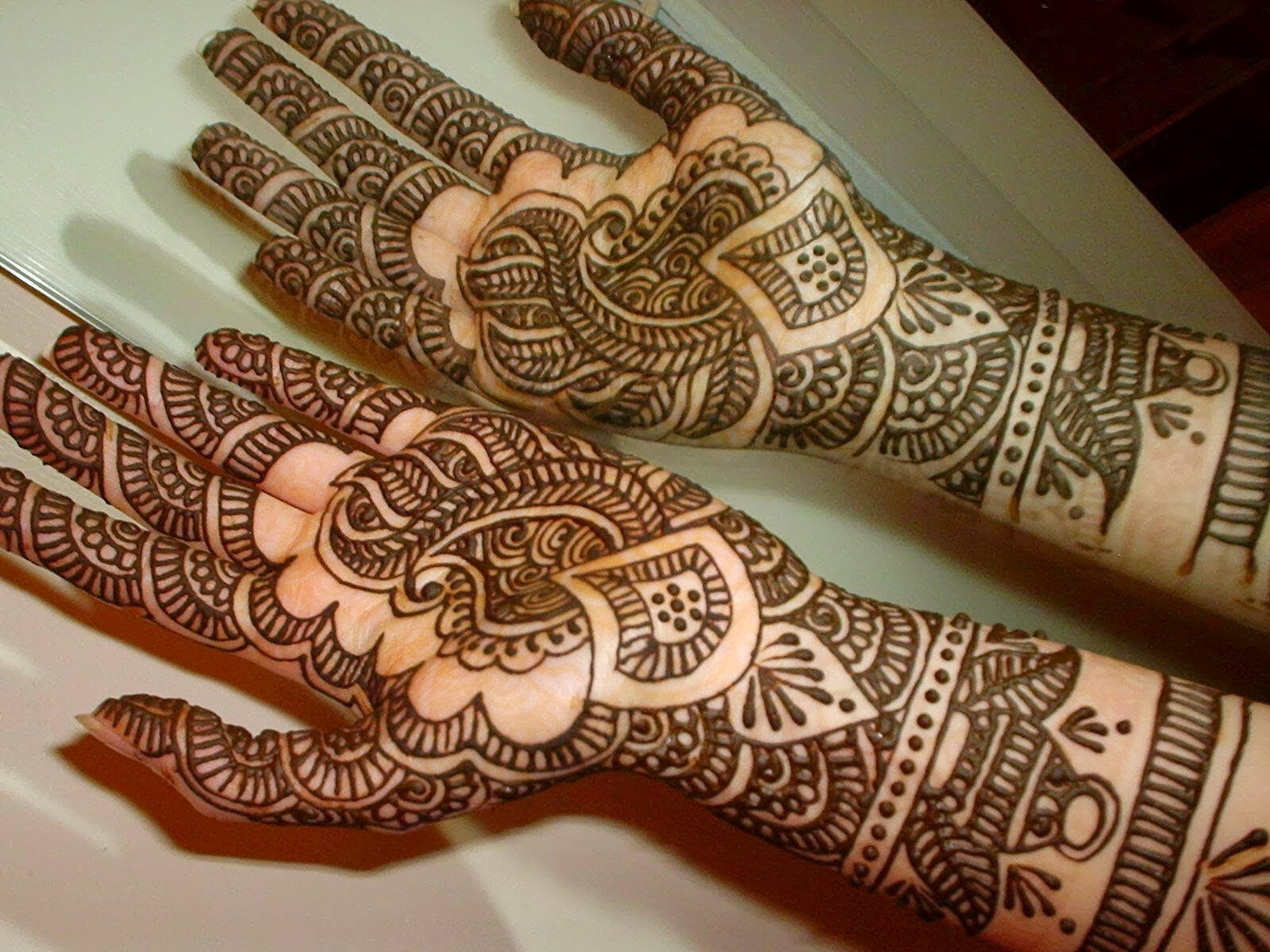 ... Designs: Simple And Beautiful Mehndi Designs Wallpapers Free Download