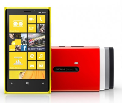 Lumia 820 dan 920