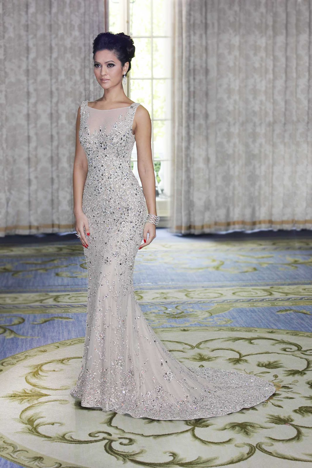 Victoria roberts harrods welcomes ralph russo for Ralph and russo wedding dress