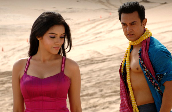 Aamir Khan with Asin Gajni
