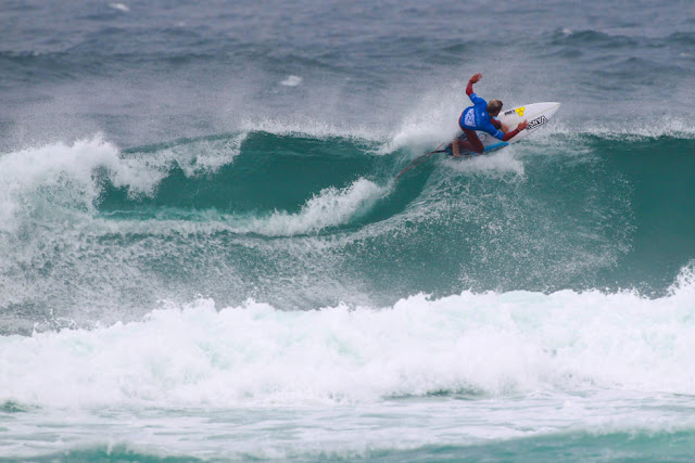 26 Patrick Gudauskas USA Allianz Billabong Pro Cascais Foto WSL Laurent Masurel