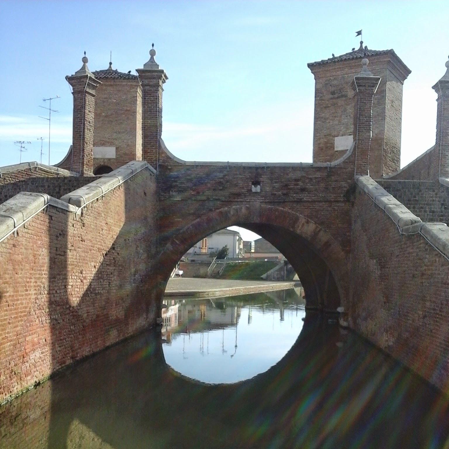 Comacchio Trepponti- Foto di Monica Gatti La gatita sotto le due torri blog