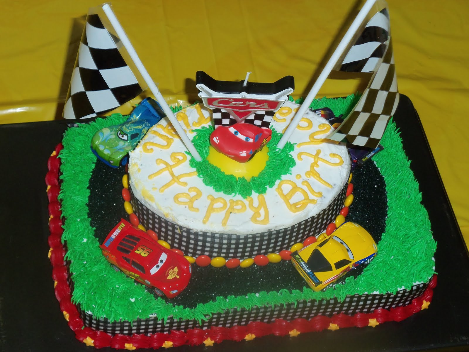 pixar cars cake