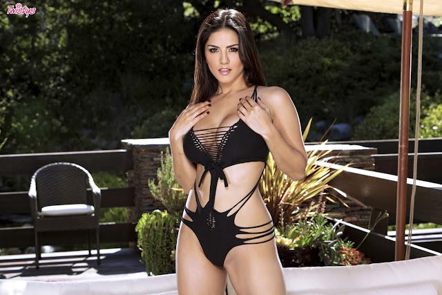 Sunny Leone Sexy in Black Swimsuit