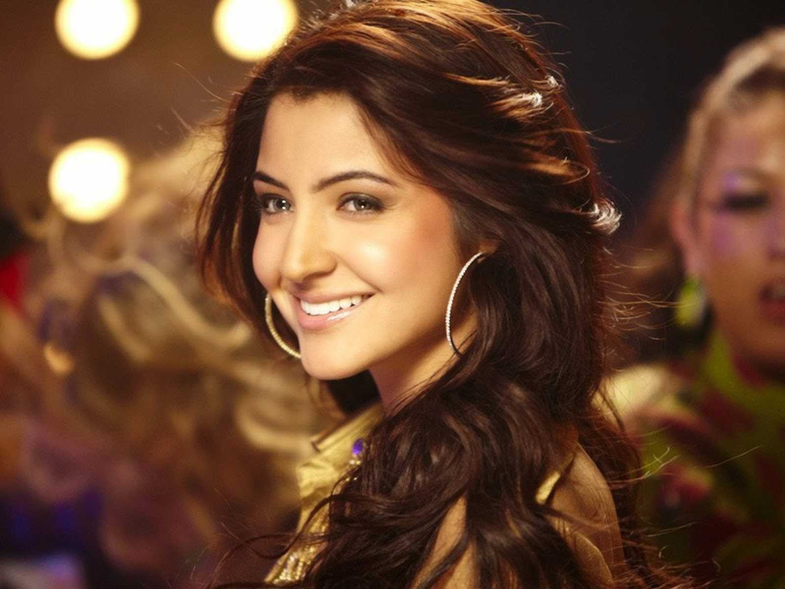 anushka sharma hd wallpaper - pic wallpaper hd