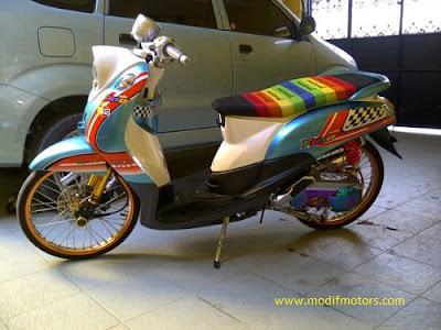 Spesifikasi Modifikasi Yamaha Mio Fino 2012 Fashion Thailand: