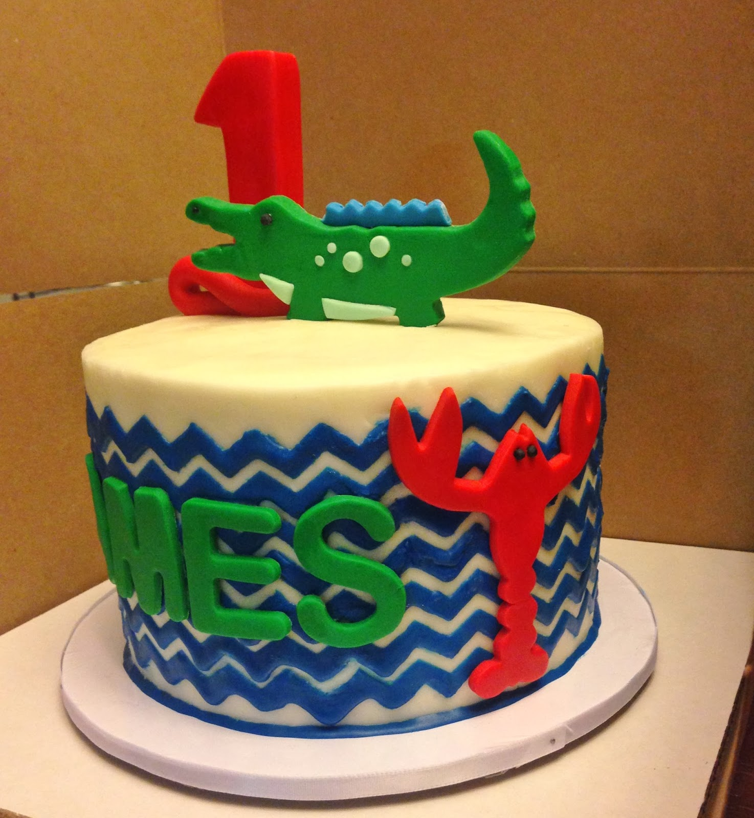 Cakes by mindy alligator and crawfish chevron cake 6 alligator and crawfish chevron cake 6 maxwellsz