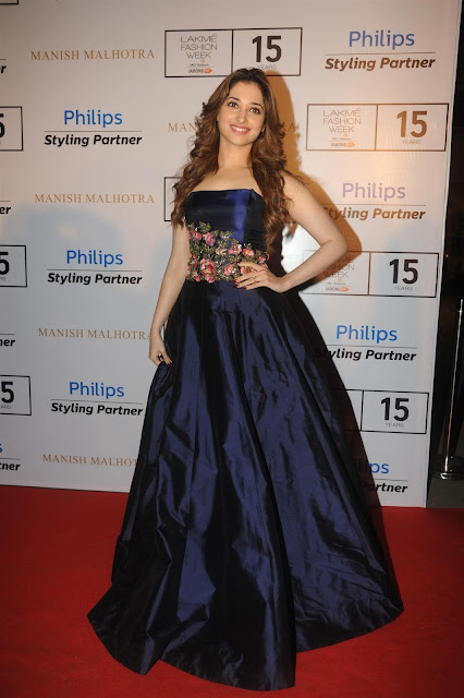 Tamannaah Bhatia Looks Sexy On Red carpet At LFW Winter Festive 2015