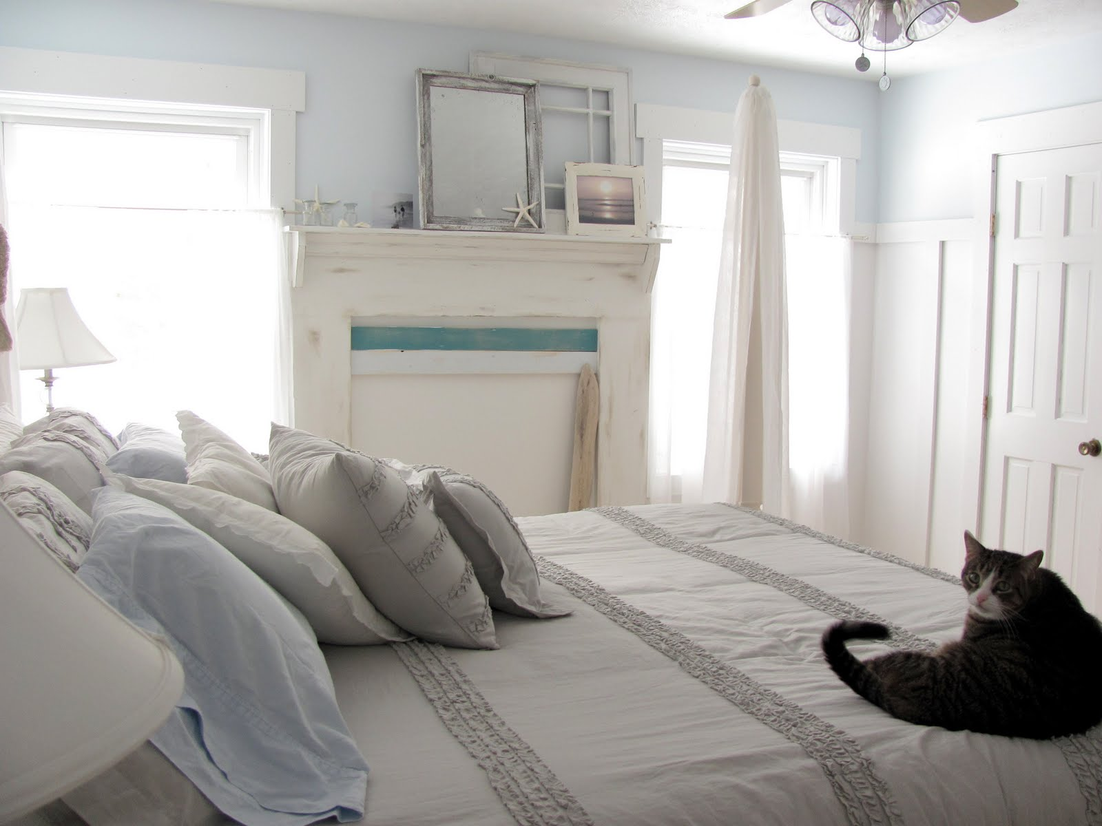 Beach cottage master bedroom - Beachy Bedrooms Ideas Beach Bedrooms Beach Bedroom Decorating