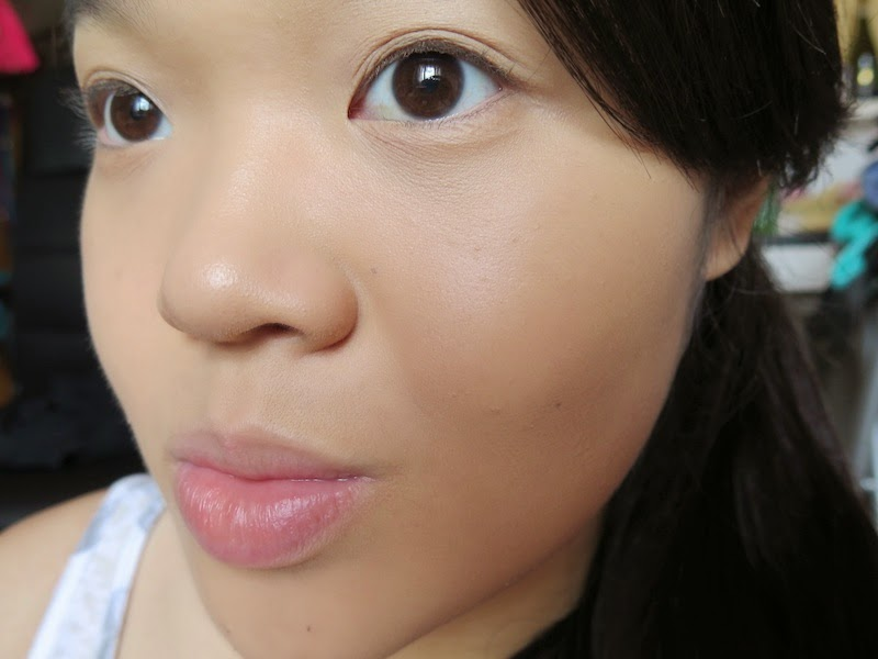 Close up of wearing Rimmel Stay Matte liquid mousse foundation in 200 Soft Beige