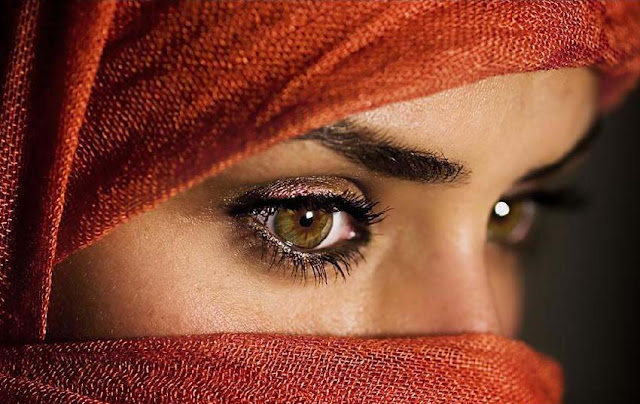 the-beautiful-eyes-1-wallpaper.jpg