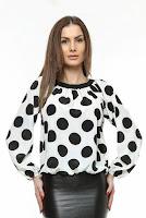 Bluza alba cu buline negre B56B (Ama Fashion)