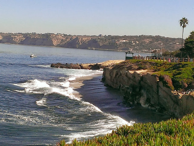 beautiful La Jolla beach