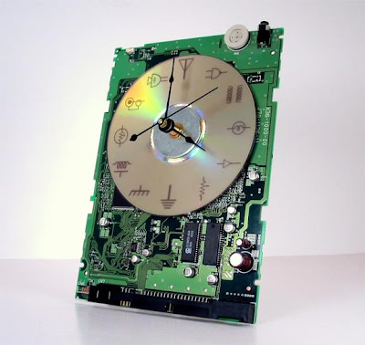 Creative and Cool Ways to Reuse Old Circuit Boards (15) 9