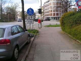 "Früherer ""Radweg"" Hofweg / Winterhuder Weg"