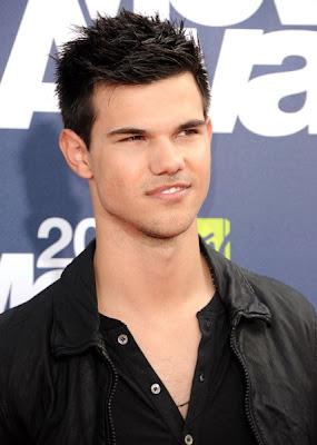 MTV Movie Awards 2011 - Página 4 MMAtapete152