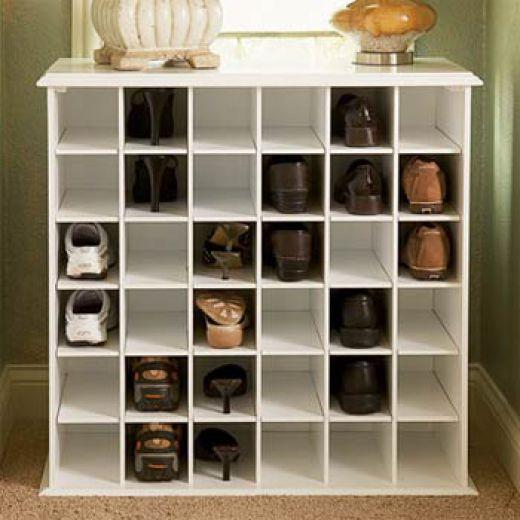 The dise o y muebles beneficios de tener un gabinete de for Muebles para colocar zapatos