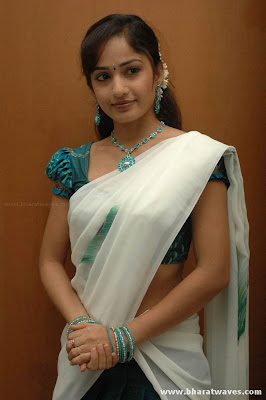 Madhavi Latha:South Indian Actress Model