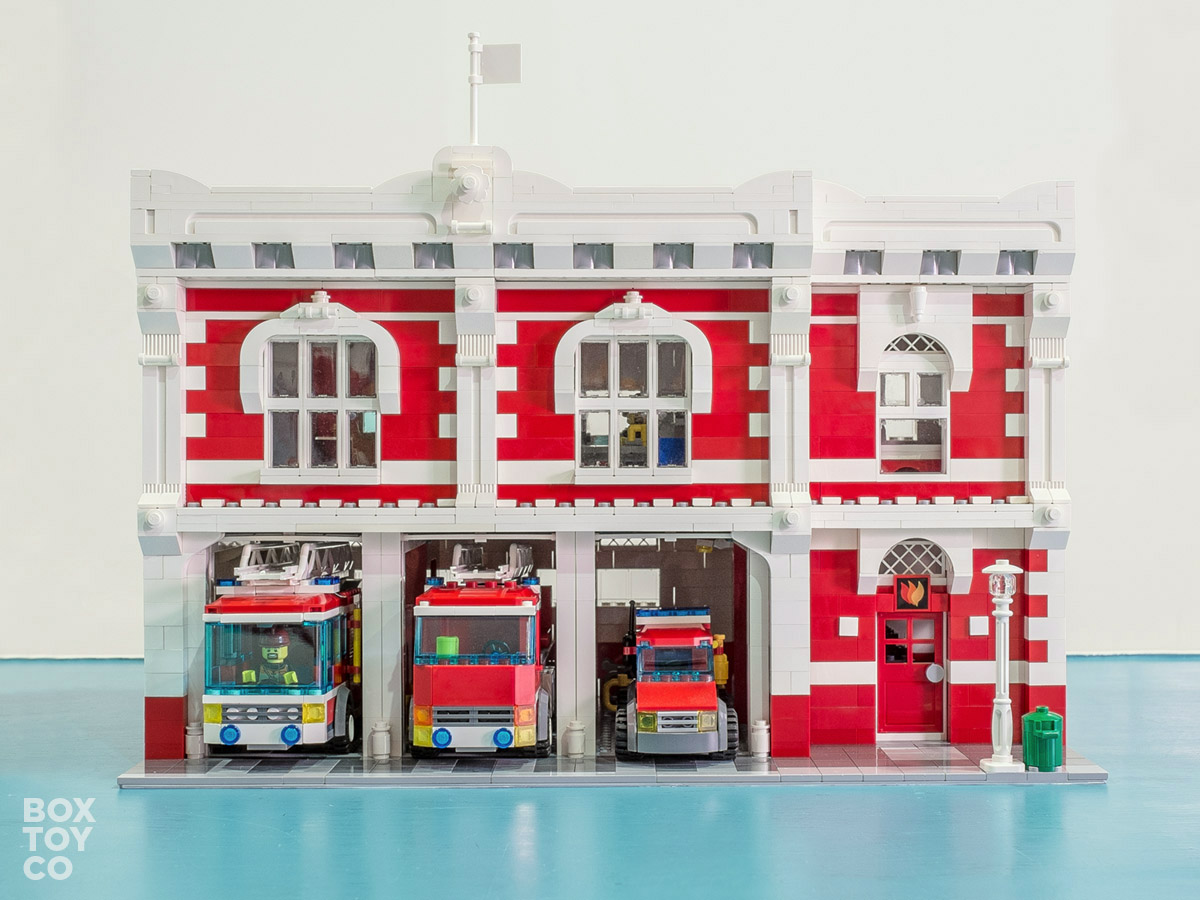 lego custom helicopter with Lego Fire Station Moc on 16866 Modular Rumor Hospital 2017 Release furthermore Brickmania Vietnam War Kit Archive in addition Lego ussr in addition Batwing together with Lego Medevac Air Ambulance Helicopter.
