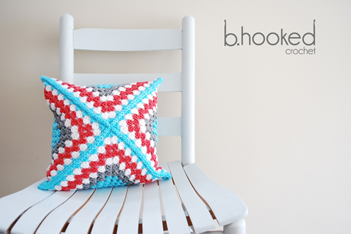 Crochet pillow case, granny square (photo by BHooked) | Happy in Red