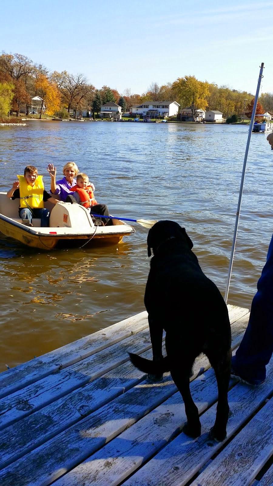 Taking a Fall Boat Ride on Lake Dalecarlia