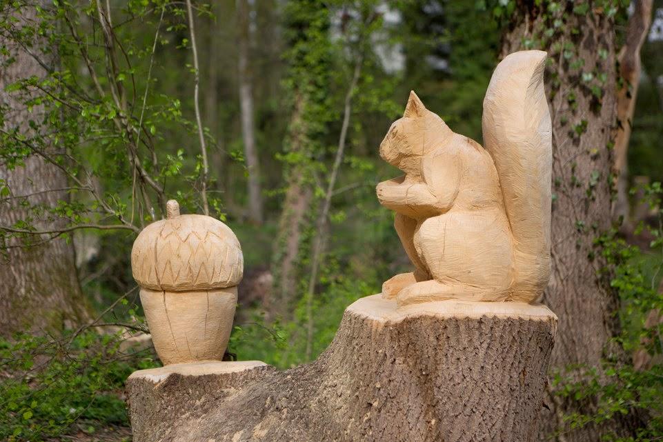 les sculpter avec sa tronçonneuse le résultat est vraiment de l a ~ Sculpter Le Bois