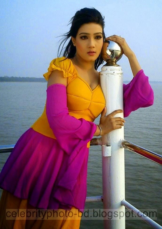 Top+10+Most+Beautiful+Bangladeshi+New+Film+Actress+Latest+Photos008