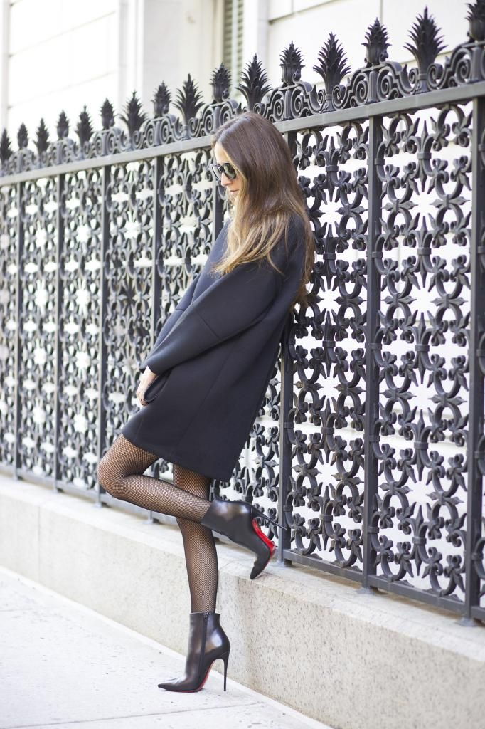 Street Style Black Strict Dress With Louboutin Booties