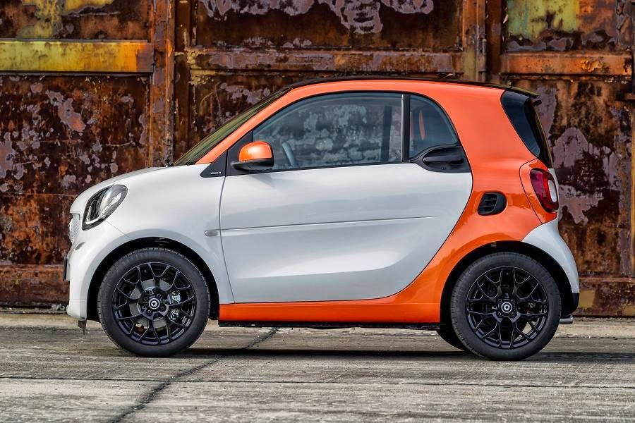Smart ForTwo Coupé (2015) Side