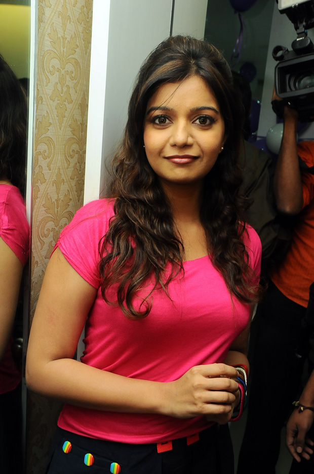 Colors Swathi latest hot vedios