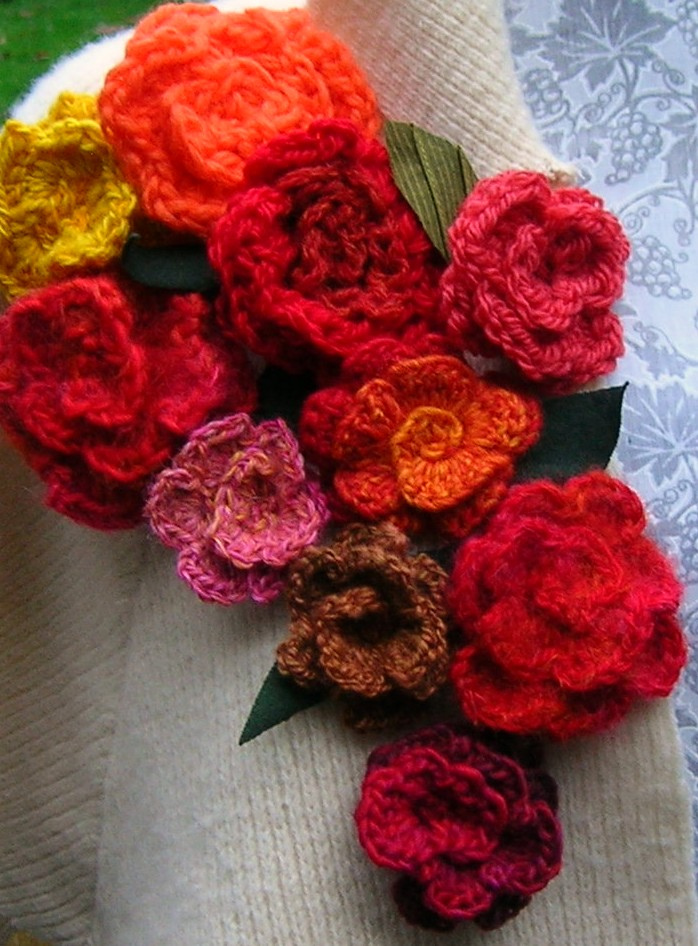Flower Knitting Patterns Free : Knitting Patterns Free: crochet flowers