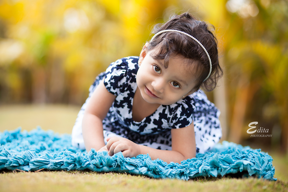 18 month toddler girl children photographer in pune
