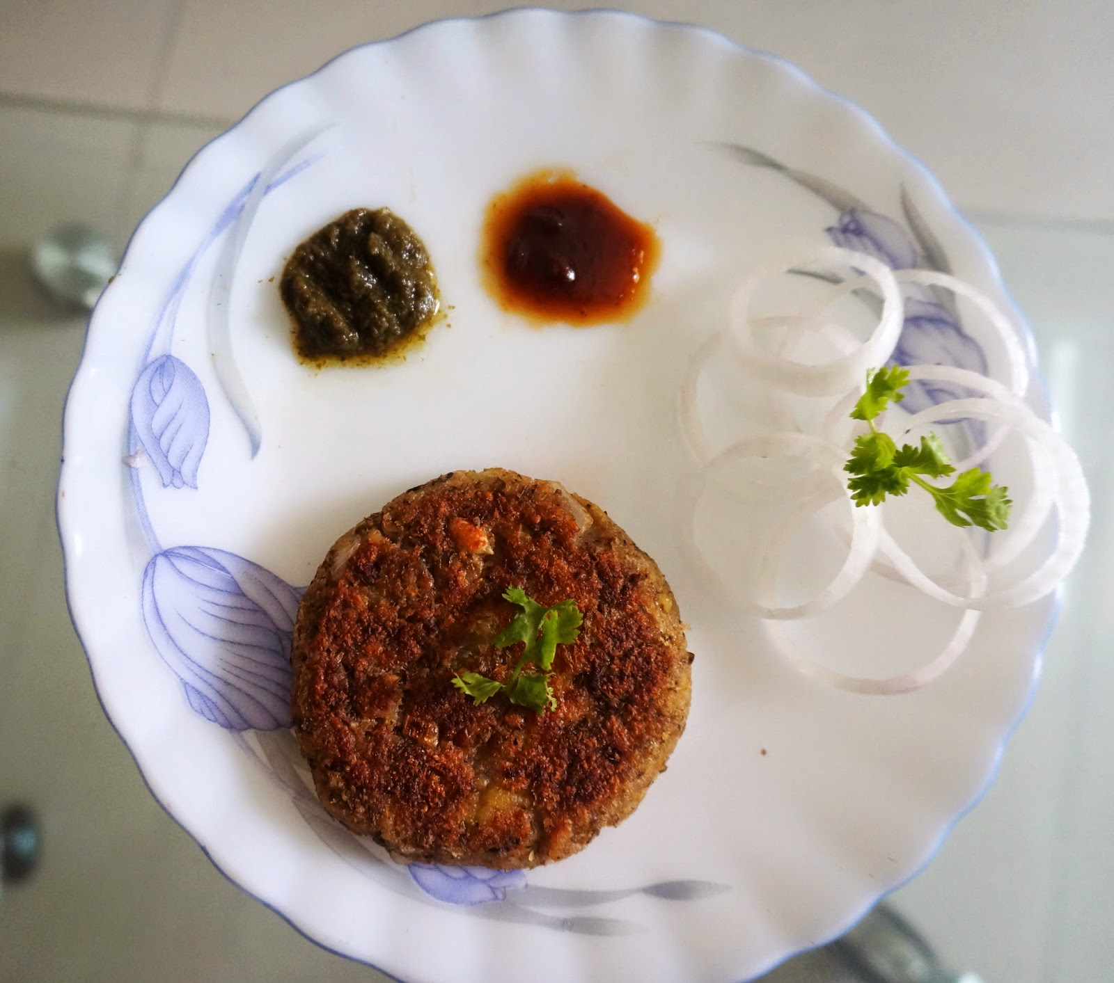 Sprouts Tikki/Cutlet with Mint Chutney