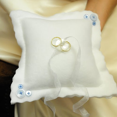 ringbearer's pillow