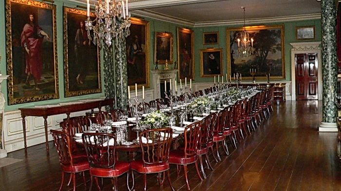 A look at althorp home decorating from inside - Introir dijane ...