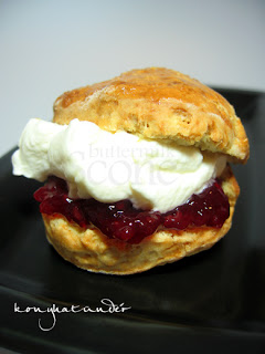buttermilk-scone-cream-jam